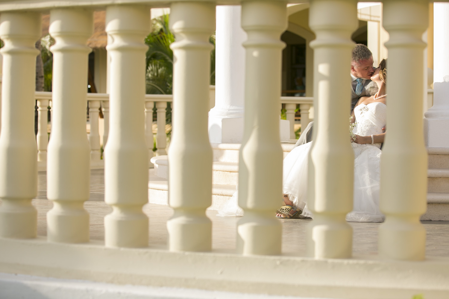Super romantic kiss at the Barcelo Maya in Mexico